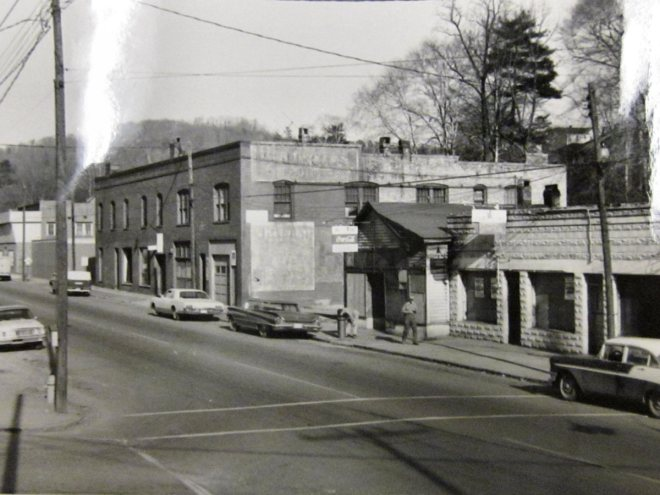 Southside Avenue in the mid-1960s, looking east from South French Broad Avenue. (Photo from the Housing Authority of the City of Asheville archives in the Special Collections, Ramsey Library, UNC-Asheville)