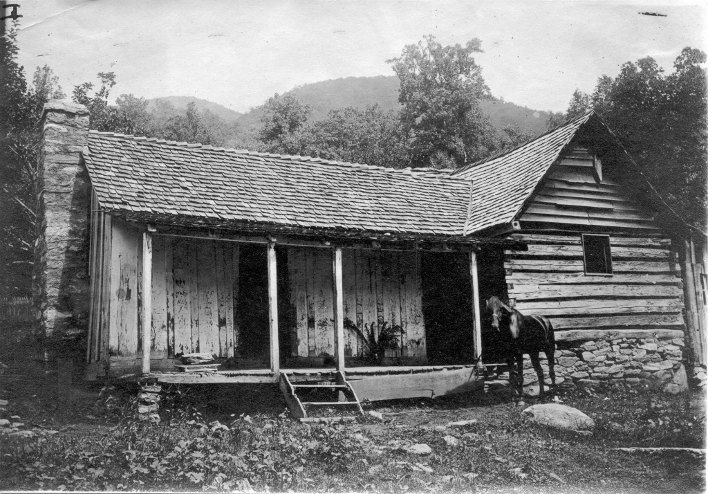 ONE OF THE CABINS IN PINK BEDS WHERE THE STUDENTS LIVED