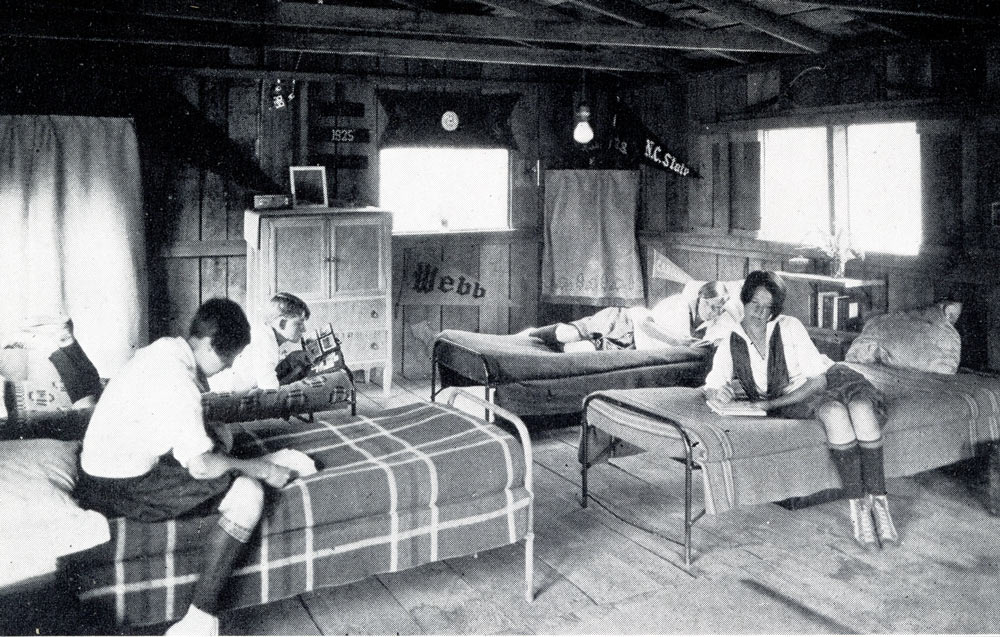 Campers in kiosks; note the electric lights.