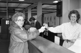 1994_libraryonlinecat-007